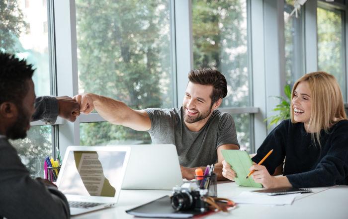 manager-et-coach-le-combo-ideal-pour-gerer-les-jeunes-en-entreprise